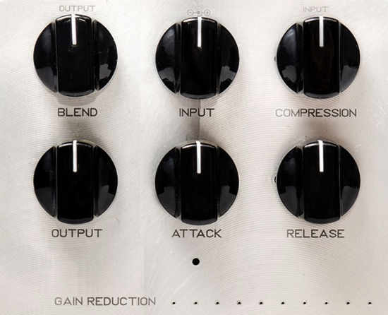 darkglass-super-symmetry-control-knobs